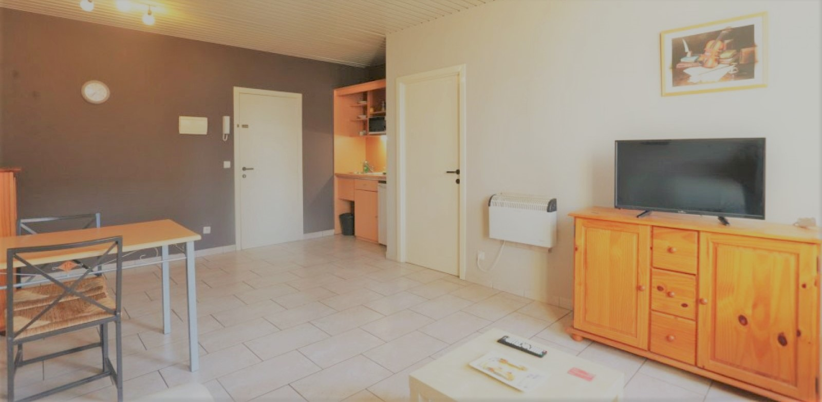 Place De Chatelain-furnished Apartment 1 Bedroom 9